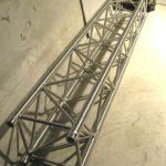 EX-DEMO!Ферма алюминиевая, 390Х390мм, труба Ø = 50мм, длина 2 м.