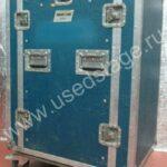 Б/У!Дистрибьютор в рэке (18U) на колесах со съемными крышками.